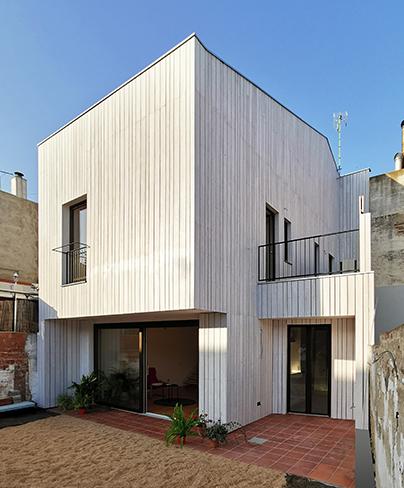 Vivienda exterior preindustrializada madera bajo consumo