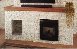 Imagen de la instalación de una estufa de pellets
