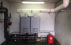 Instalaciond e grupo modular de calderas condensación Ygnis